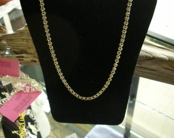 Silver Loop Necklace