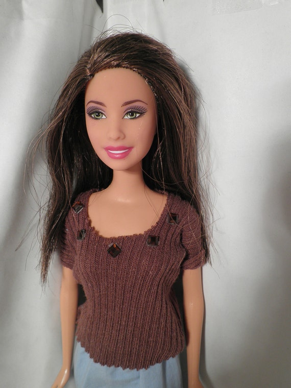 Clothes to fit Barbie: Skirt & Brown Top