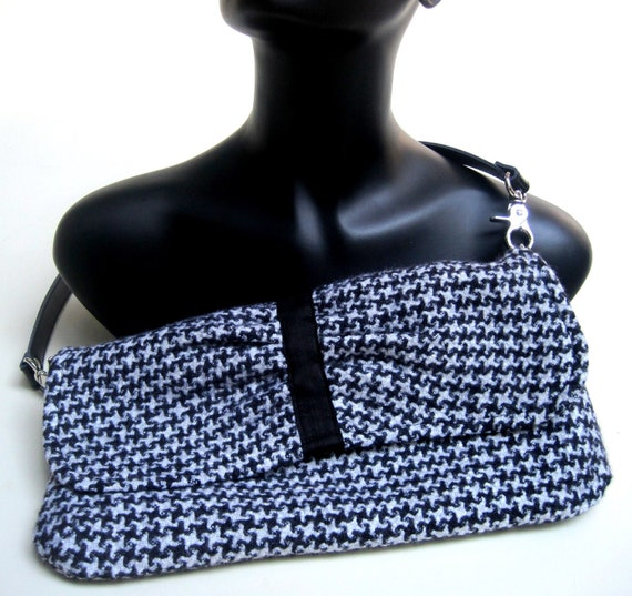 Clutch, hand woven, black, white, houndstooth