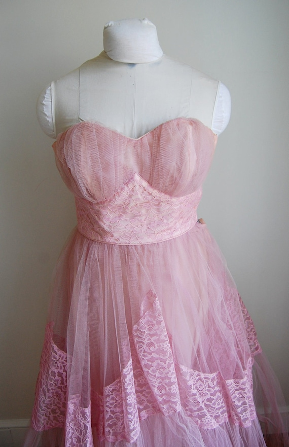 Vintage 1950s Strapless Pink Cupcake Prom Bridesmaid Wedding Dress Tulle Excellent Condition