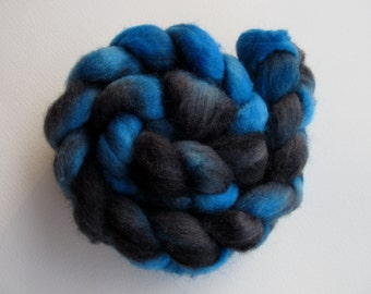 Blue Hour Shetland Combed Spinning Top (roving) 4.1 oz Free U.S. Shipping