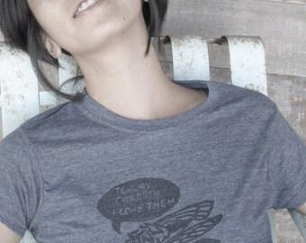 Women's blend lightweight t-shirt with cicada