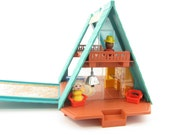 Fisher Price A Frame Little People Play Family Chalet with People and Furniture