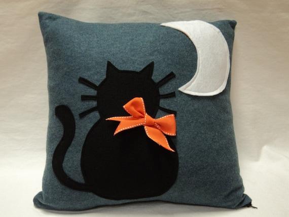 18x18 Halloween Cat pillow Cover