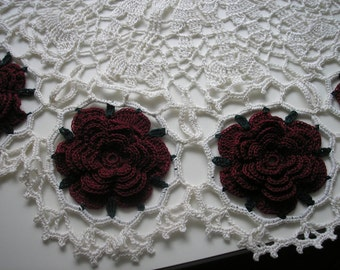 Round American Beauty Doily