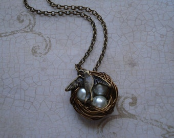 Antique Brass Sparrow Bird's Nest Necklace