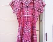 Vintage 1940s  Dress/ Dusty Pink Plaid / PLUS SIZE