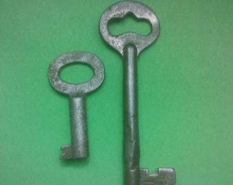 Vintage 1900s Keys  Antique Skeleton and Locker/ Steampunk