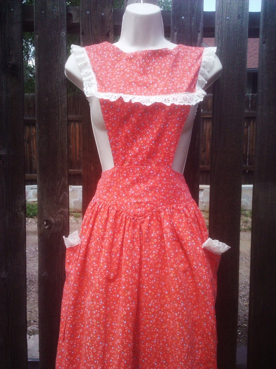 Vintage 1940s 1950s Apron/ Pinafore/ Rockabilly/ Red Floral/ Housewife/ Small/ Medium