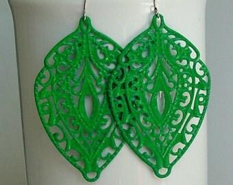 SALE -  Green leaf  filigree earrings