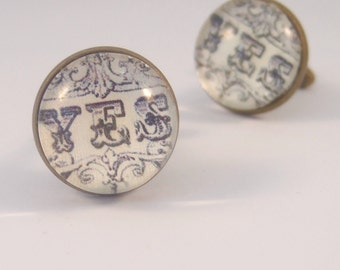 Cuff Links Antique Brass Round Featuring the word Yes