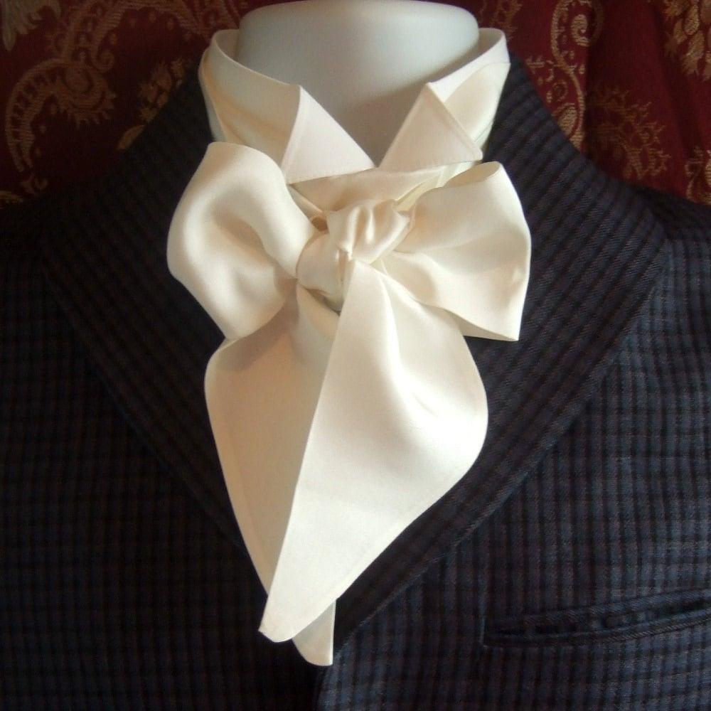 Old Fashion Tie Knots