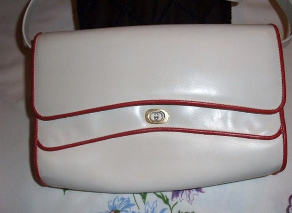 Vintage GUCCI 1960's White Leather, Red Leather Trim Clutch with removable leather Shoulder Strap Excellent   Unused Condition