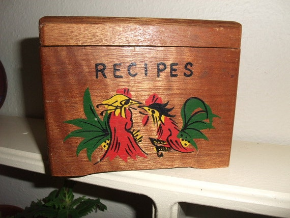 Vintage Wooden 3x5 Card File Box Recipe Box decorated with Chicken and Rooster Motiff