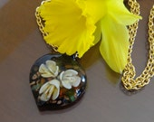 Endlessly Blooming Love - Murano Glass Necklace, Heart Necklace, gold necklace