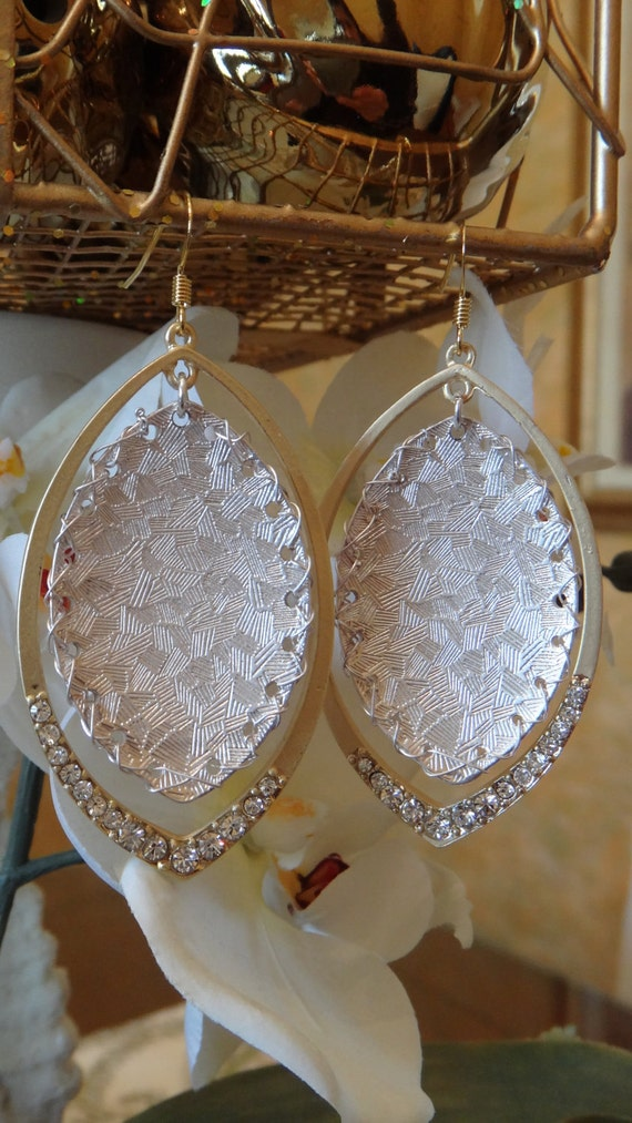 Shimmering Tribal Chic Drop Swarovski Crystal Earrings, Wedding Jewelry, Dangle Earrings, Chandelier Earrings