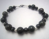 Bracelet Unisex Jade and Black Wood