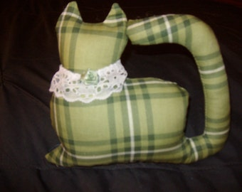 Green Plaid Kitty Cat with Flower Window Sitter