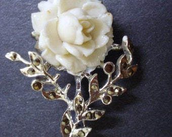 Gorgeous High Quality ROSE  BROOCH by CORO Vintage Figural Brooch - Ivory Color Rose -  Would Make Perfect Gift
