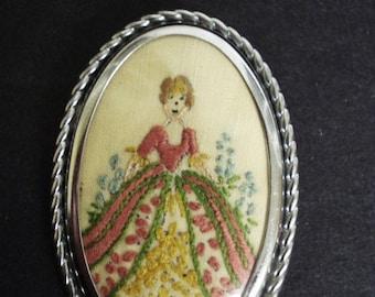 Impressive Vintage PETIT PONT BROOCH  Showing Victorian Girl  - Design -  Framed  - Shape