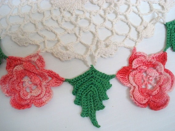 VINTAGE LACE DOILY Crocheted 3 Dimensional Roses