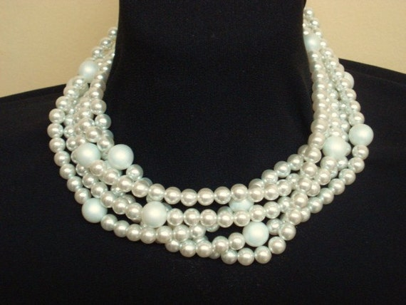 Gorgeous Traditional Pearl Necklace Fashion Jewelry