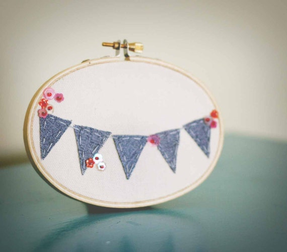 Embroidery hoop denim bunting home decor