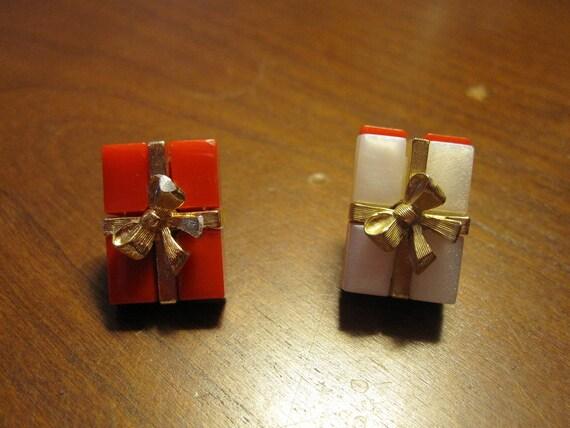 VIntage Avon Christmas Tie Pins