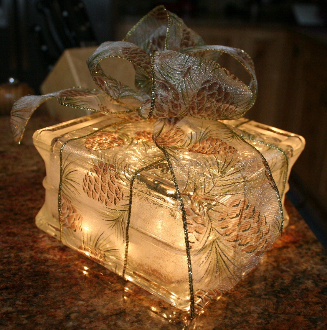 lighted glass block christmas gift with pinecone bow night. Black Bedroom Furniture Sets. Home Design Ideas