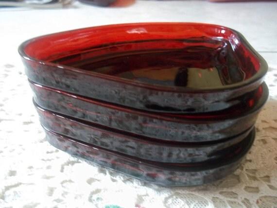 Manhattan Depression Glass/Triangular Bowl Set of Four Art Deco