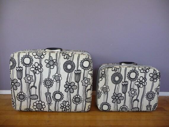 Rare MOD Floral Vintage 60's Samsonite Luggage Set