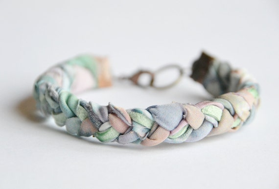 Fabric and suede bracelet. Pastel fabric braided with mint suede. Mint, rose, sky blue colors. Copper findings. Small Size.