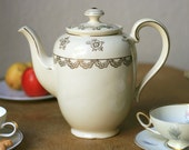 30's Beautiful Teapot by Mitterteich, Bavaria, Germany