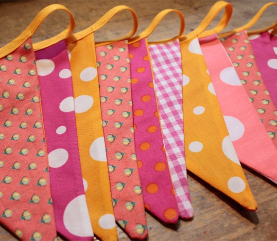 REDUCED Fabric bunting - pink, orange (2m plus binding)