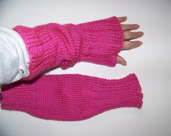 Hand Knit Wrist Warmers / Fingerless Gloves / Texting Gloves Hot Pink Acrylic Yarn
