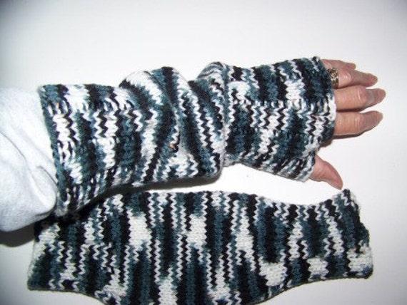 Hand Knit Wrist Warmers / Fingerless Gloves / Texting Gloves Green Camo Acrylic Yarn