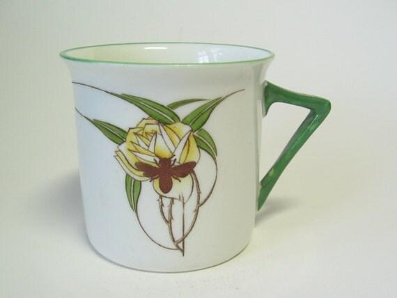 SALE! reCYCLEd Foley Art Nouveau Rose Mug with Honey Bee
