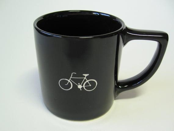 reCYCLEd mug with bicycle