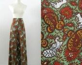 On Reserve Vintage Wide Leg Pants 1970s Peacocks and Paisley Print Small