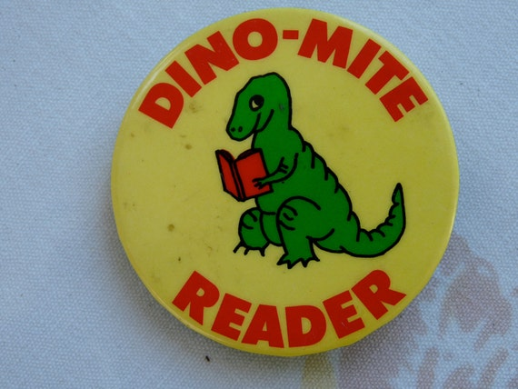 Vintage Buttons Pins Lot Be My Valentine & Dino-Mite Reader