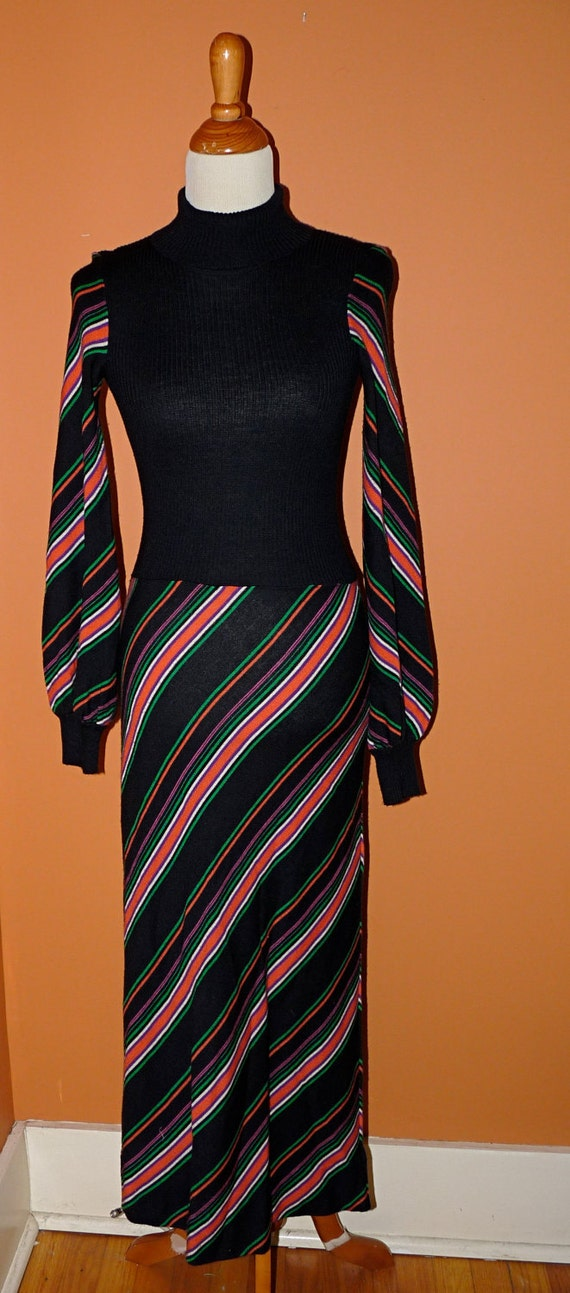 Striped Maxi Dress 1970s Long Sleeves Size Medium in Orange Lime and Grape