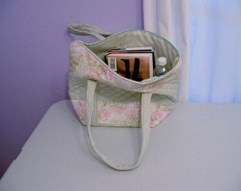 Green tote bag, quilted book bag, shopping bag, purse.