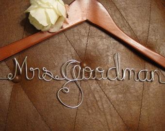 Personalized wedding dress hanger, bride hanger, wedding dress hanger, bridesmaid, gift