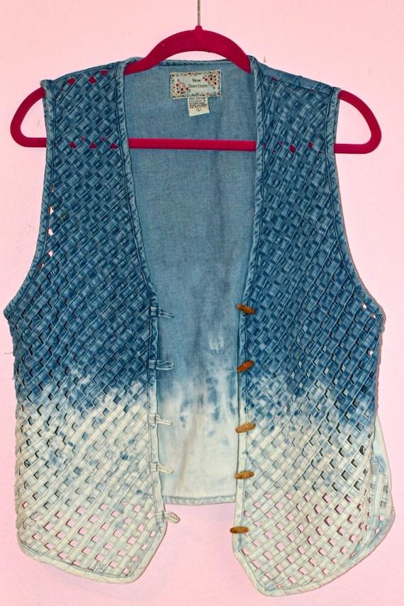 Woven Ombre Vest (Large)
