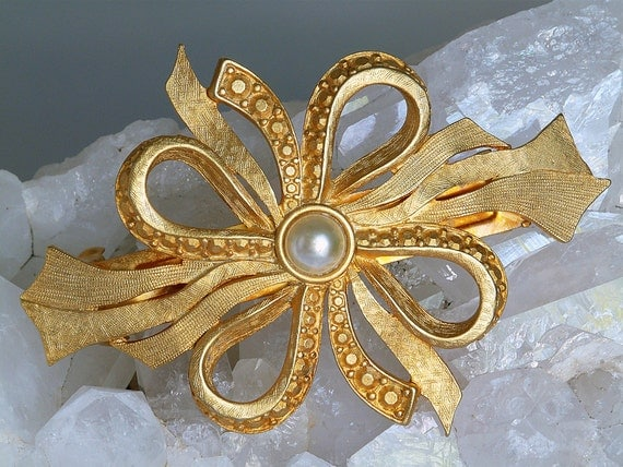 signed Kirks Folly 12K gold plated faux pearl barrette