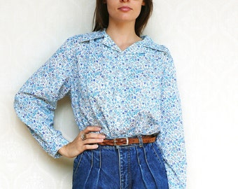 """Vintage floral shirt, small medium large - blue meadows. . . . . . . """"Like"""" our fb page for 10% discount"""