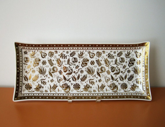 Vintage Georges Briard Rectangular Glass Tray, Persian Garden, Milk Glass and Gold