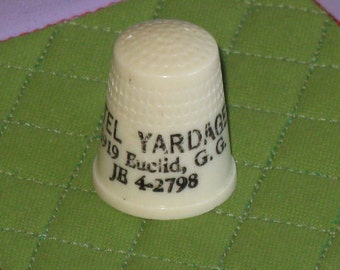 Vintage Thimble Advertising Gitel Yardage Store Quilting and Hand Sewing Plastic