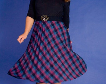 SALE /// Plaid To Know You 1970s Vintage rrrruss Pleated Skirt With Pink And Blue Sz Medium / Large