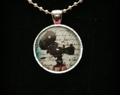 Vintage Movie Film Camera Necklace (MRP815)